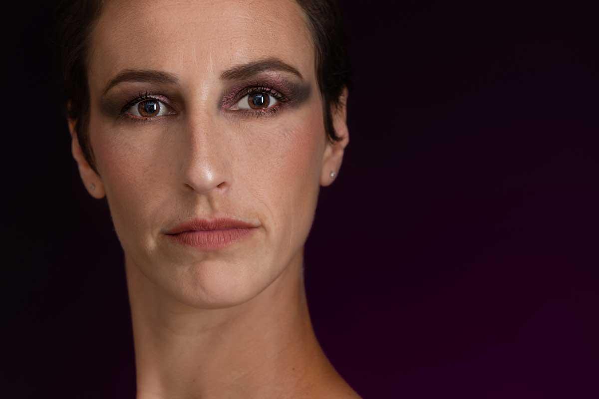 Portrait-photo-photographe-danse-danseur-professionnel-eucleia-shooting-seance-aix-provence-saint-maximin-marseille-toulon-paris-lyon