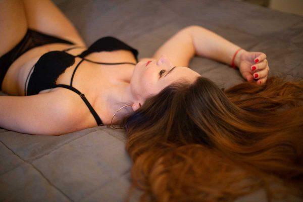 photo boudoir femme charme photographe professionnel studio nu artistique aix provence toulon marseille saint maximin baume frejus